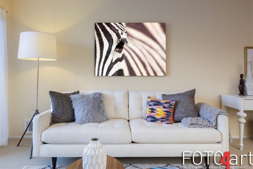 het stappenplan om een foto van een zebra op canvas te printen. Black Bedroom Furniture Sets. Home Design Ideas