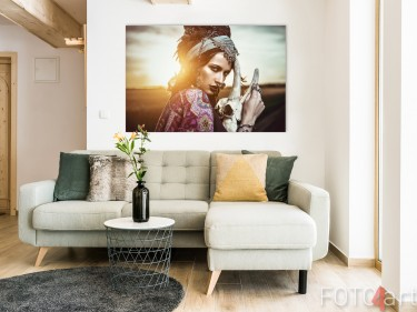 Woonkamer met Foto Gypsy op Aluminium